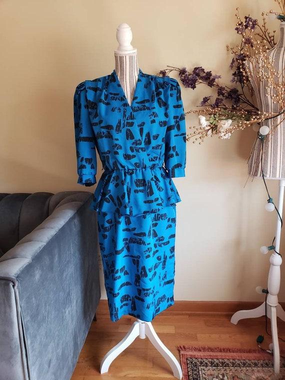 1980's Blue/Black Abstract Peplum Dress - Medium