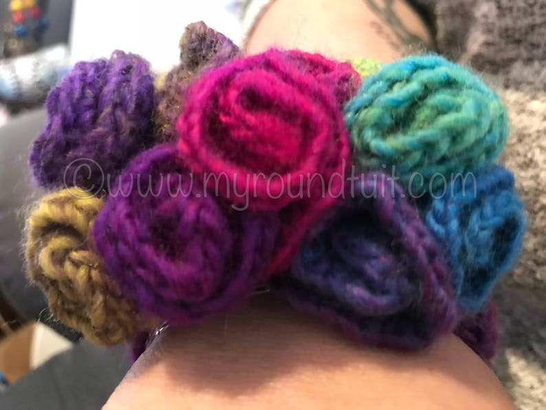 Crocheted Corsage Cuff
