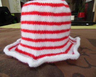 Striped baby Hat Red and white size 1 year