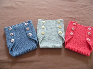 Vintage Style Layer Cover Pants. Fine cotton. Colors to choose from. Size 36 Months
