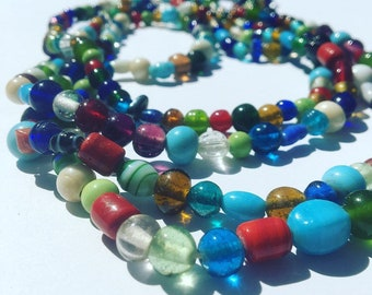 Vintage 1960's glass double strand love bead necklace