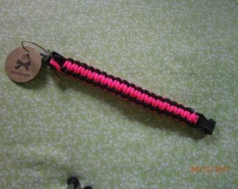 Hot Pink/Black Paracord Bracelet