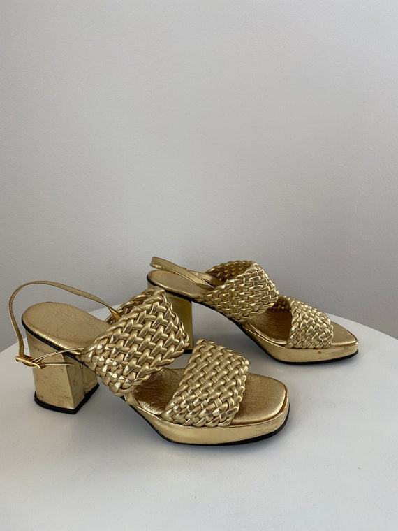 Stunning 1970's Gold Platform Sandals Shoes Studio