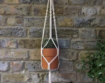 Macrame Plant Hanger / Macrame knots / White plant hanger / Boho style / Indoor Planters / Boho Bedroom / Wall Plant Pot Holder
