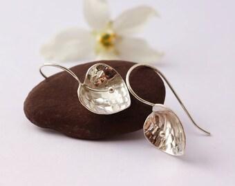 Boucles d'oreille fleur Arum - Boucles d'oreille en argent massif 925 - pendants oreille en argent - bijoux de mariage demoiselle d'honneur