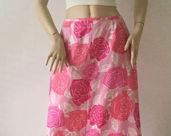 74e00d17c Vintage Lilly Pulitzer Maxi Skirt Size 6 Shades of Pink Roses w/ White Rose  Hem Applique