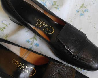 1960s black loafers size 7.5