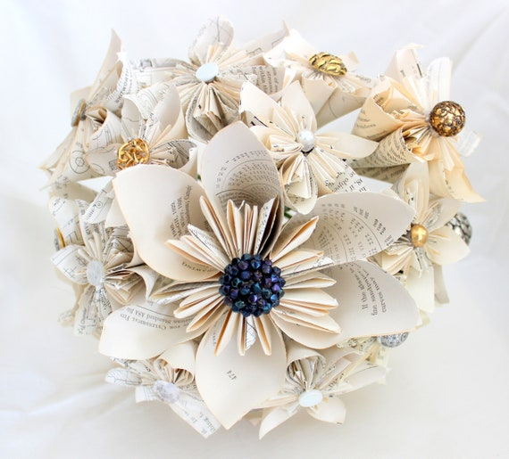 DIY How To: Origami Paper Flower Bouquet | Capitol Romance ... | 515x570