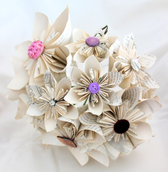 How To Make A Simple Origami Flower | Paper flowers wedding ... | 586x570