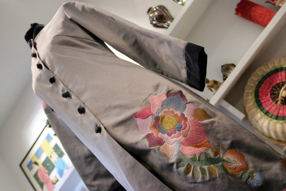 Minh Hanh Embroidered Silk Coat