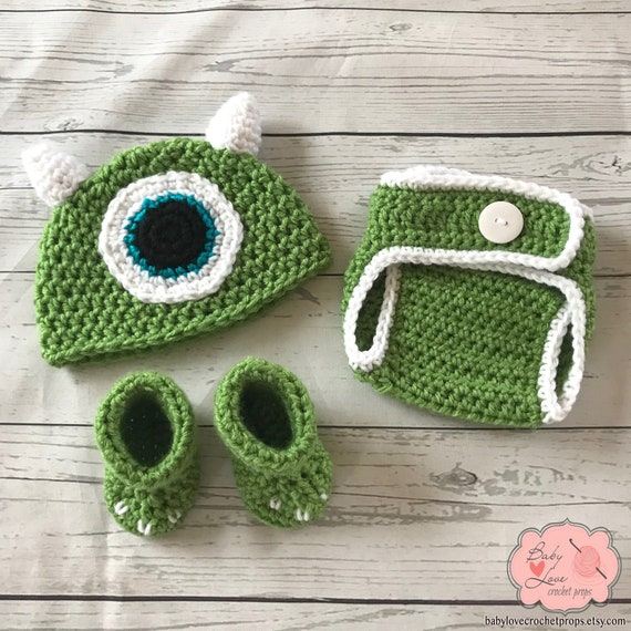 Musings of an Average Mom: Free Monsters Inc. Crochet patterns | 570x570