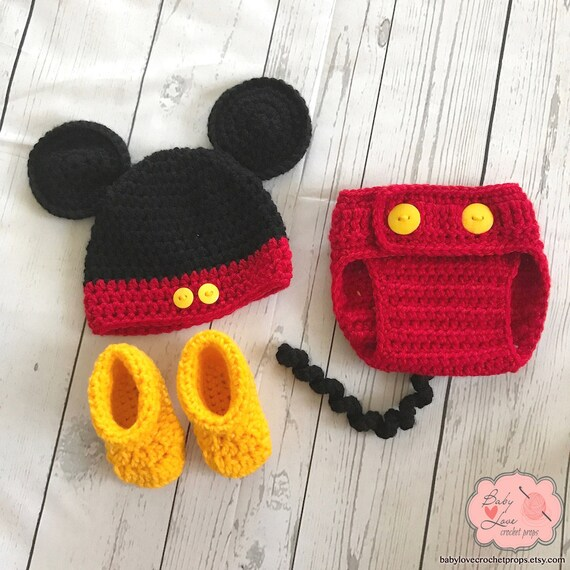48f10d906e9 Disney Mickey Mouse Ears Infant Newborn Baby Outfit Beanie Hat