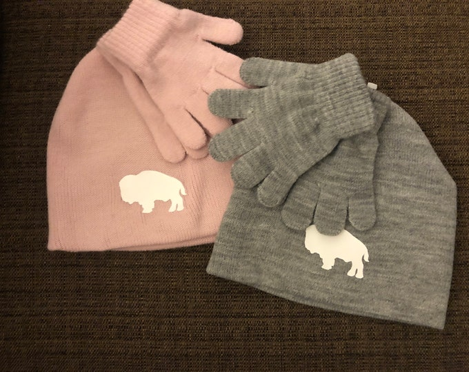 Kids Winter Hats and Gloves (buffalo)