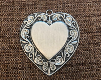 Engraved Christmas Tree Ornament (pewter heart ornament)