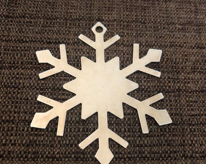 Engraved Christmas Tree Ornament (silver snowflake)