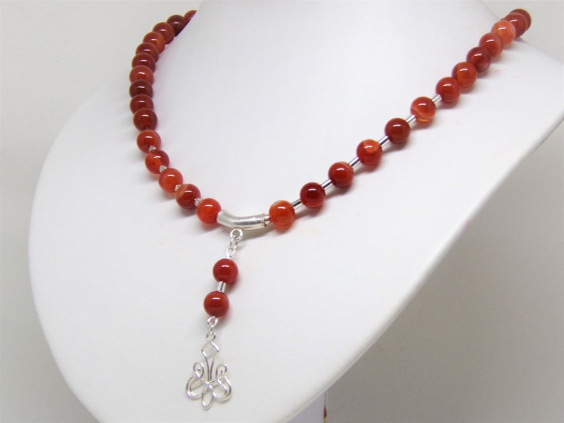 Necklace red stripe agate with pendant