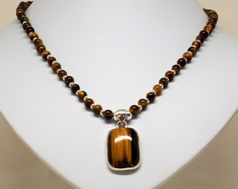 Necklace tigereye with sterling silver pendant with tigereye