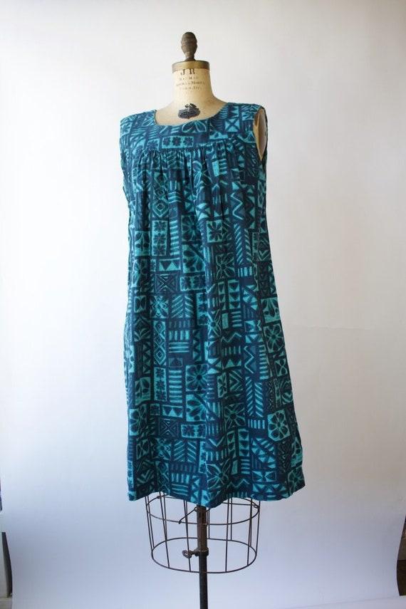 1960s Hawaiian House Dress / Market Dress / Medium