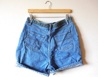Waist 32 Route 66 Denim Shorts Vintage 1990s 90s High waisted Ribbon Detailing High rise Mom jeans Classic Cotton Blue