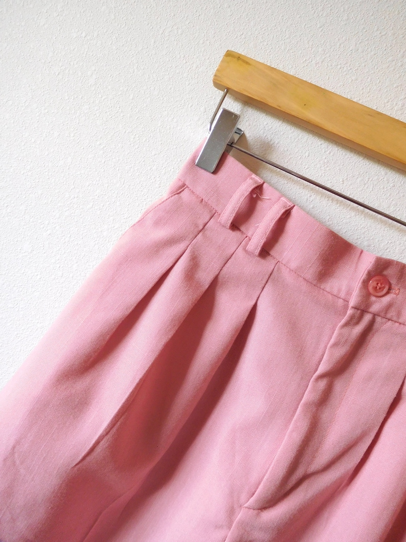 Waist 27 Pastel Pink Shorts Vintage 1980s High waisted High rise Long Mom jeans Lightweight Pleats Pleated Classic Minimalist Spring Summer
