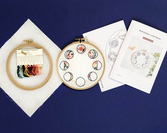 KIT COMPLET: Flower moon embroidery, explanation material and booklet, beginner embroidery kit, floral embroidery, pink embroidery and mimosa