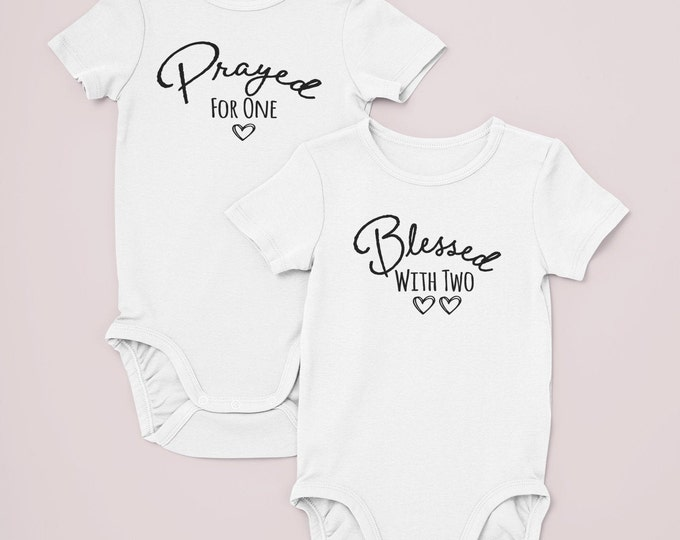 Twin bodysuits / preemie twins clothes / matching twin clothes / preemie twin girls / preemie twin boys / twins / twin clothes / preemie