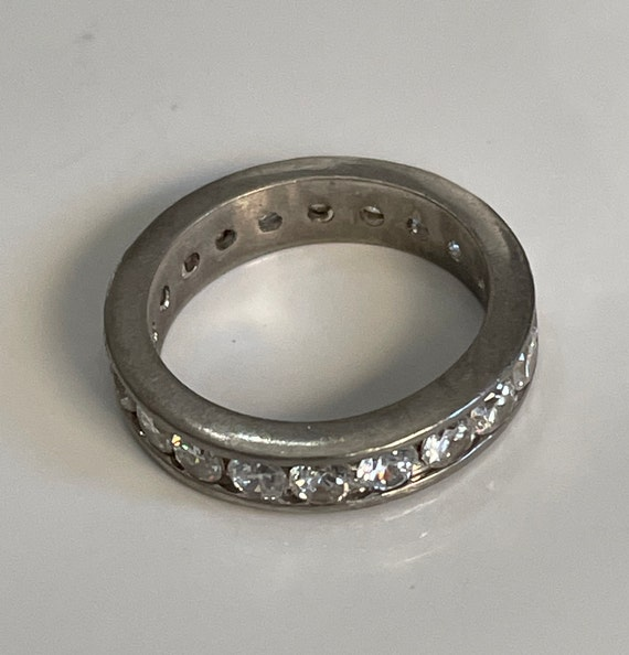 8 34 USA Circa 1990 Antique /& vintage jewelry. Half Eternity ring in 925 silver with zirconia