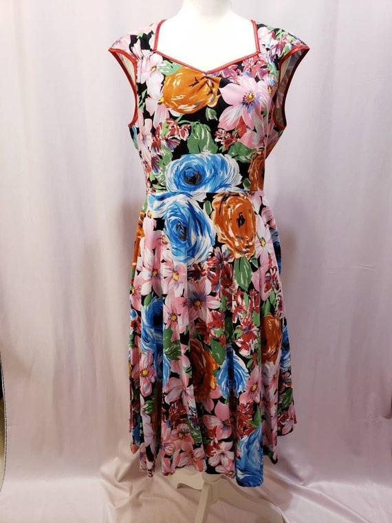 Floral Cap Sleeve Sweetheart Neckline Dress