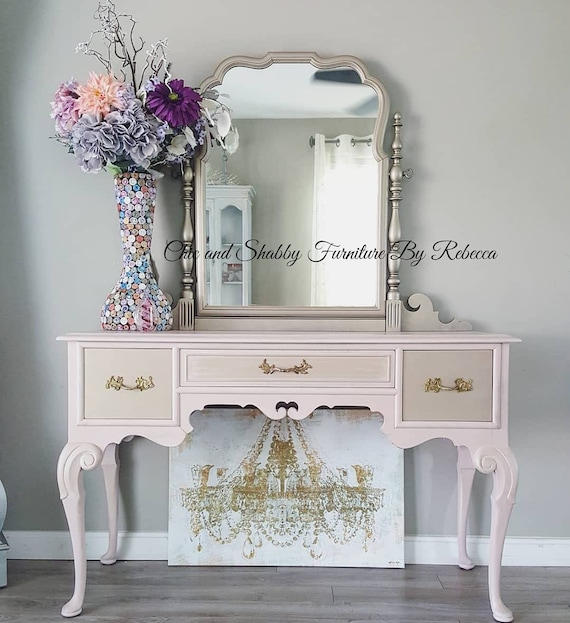 SOLD... Pretty in Pink Vanity