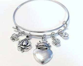 """Silver Bangle """"Queen Of Hearts"""" Charm Bracelet Crowned Heart Crowns Rose Rhinestone Charms Bracelet"""