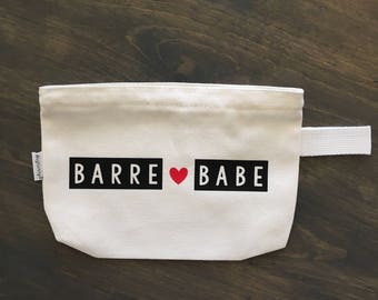 Barre babe // barre gift idea // barre accessories // moms who workout // I workout // barre clothing // mom gift idea // sister gift idea