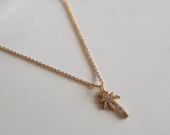 Palm tree necklace/ gold palm tree necklace/ gold plated/ rhinestone/ dainty gold necklace/ gift for her/ everyday necklace/ gold necklace