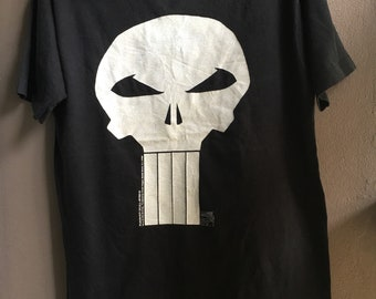 721740a59d9b3 Vintage 1992 The Punisher Skull Logo Comics T-Shirt   Size XL   Marvel  Comics