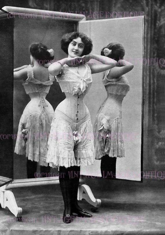 88275a11c0 Wonderful Antique Victorian Photo Portrait Of A Lovely