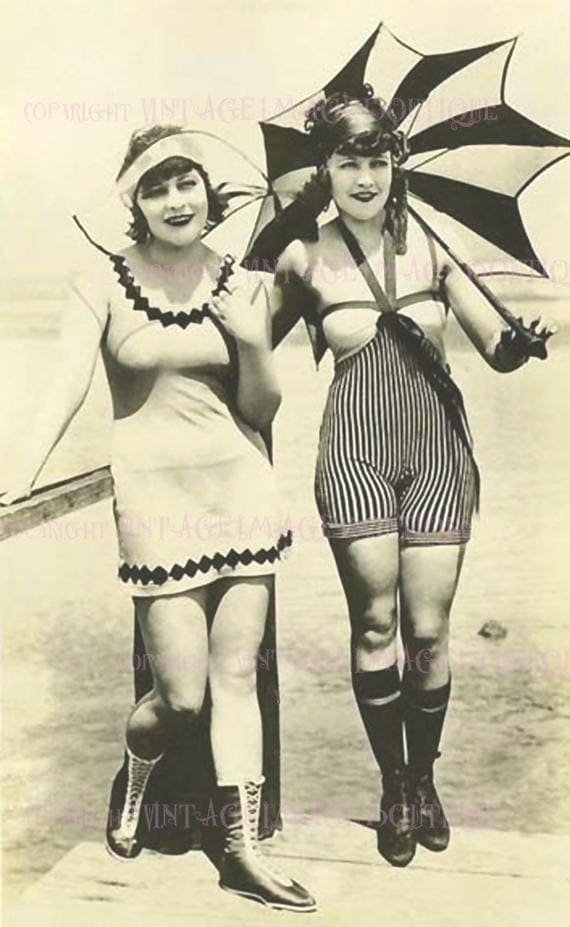 Lovely 1920/'s Lesbian Flappers In Swimming Costumes Couple Wedding Civil Partnership Wedding 5x7 Greeting Card