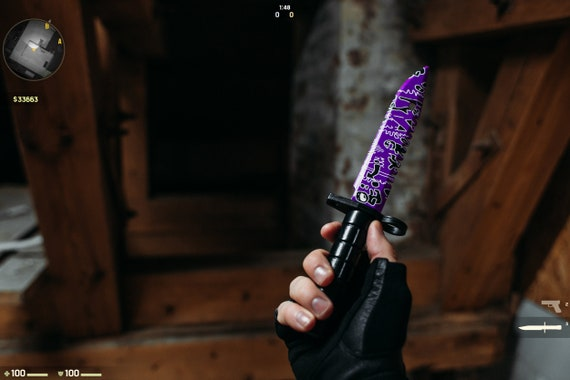"The ""Bayonet knife"" in color"