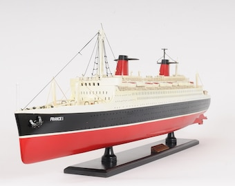 SS France Model Cruise Ship C018 32""