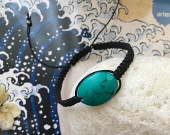 Macramè braided bracelet with turquoise stone