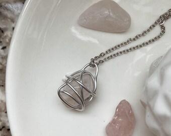 Necklace with pendant - Pink quartz