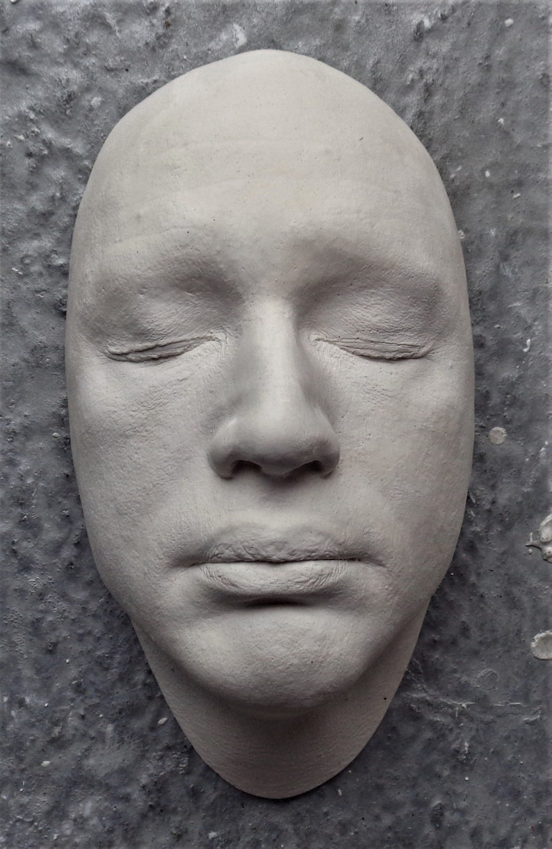 Life Face Cast Of TomHardy In White