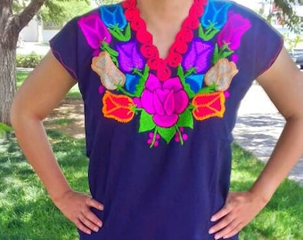 S-M Mexican blouse/ mexican top/ mexican embroidery/ floral blouse/ mexican embroidered/peasant blouse
