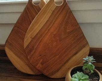 Cherry wood cutting board.