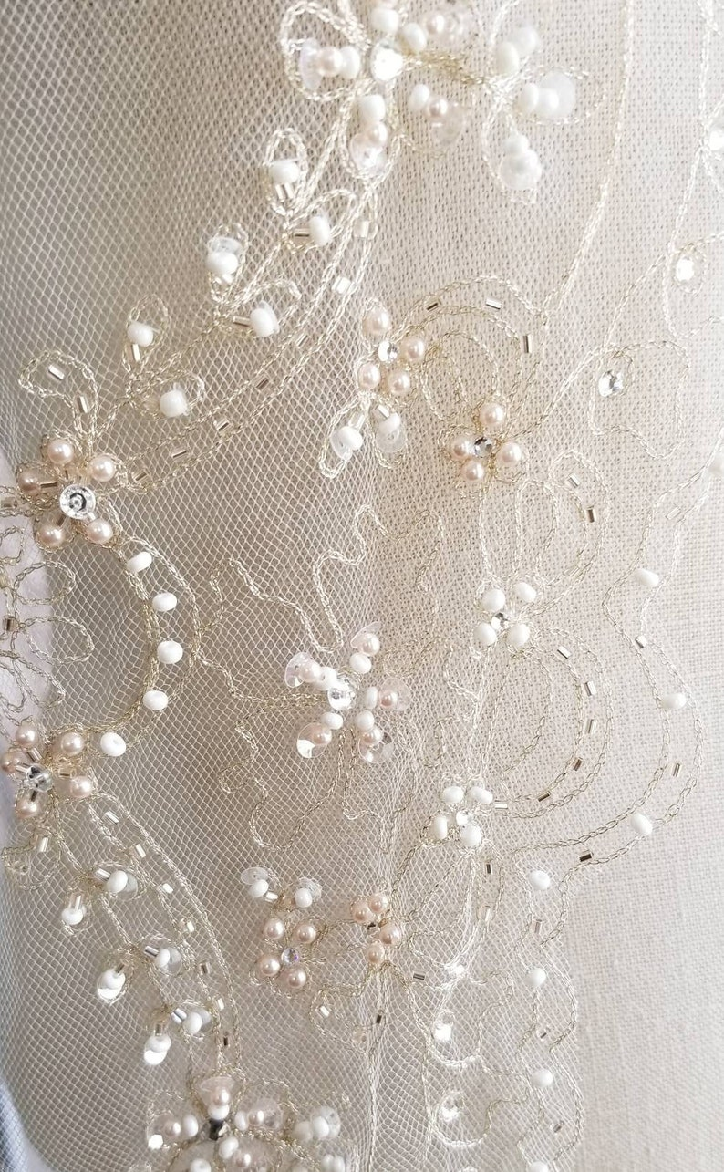 1 Day Ship Fingertip Length Champagne Beaded Veil Gold Wedding Veils Embroidered Gold Thread Champagne Beaded Veil SequinsPearls