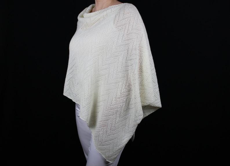 db9e28ad5 White wool poncho Merino wool poncho Knit poncho   Etsy