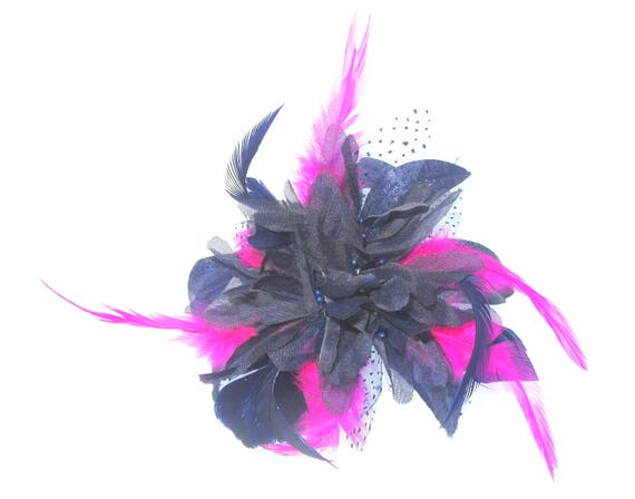 navy and hot pink hair comb fascinator weddings races  00366df1199