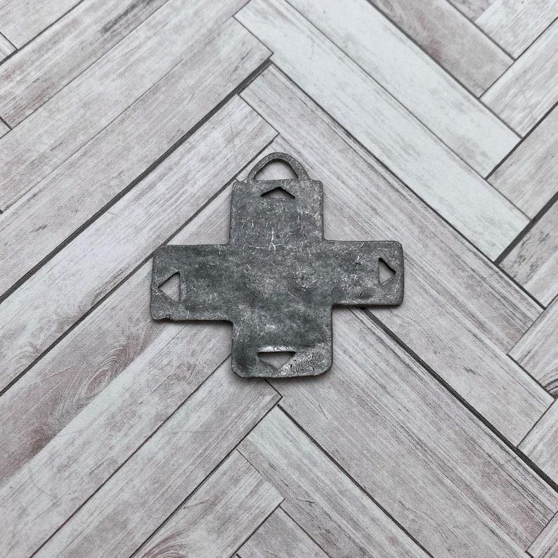 Southwest Grey Base Metal Cross MC10