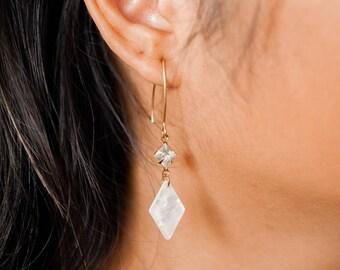 NEW - Adele earrings - Crystal & rhombus drops - Opalescent cream