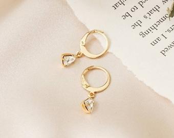 NEW - Olivia mini hoop earrings - Clear