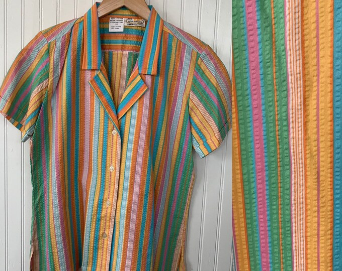 Vintage NWT 80s Vintage XS Rainbow Stripe Short Sleeve Shirt Bright Button Down V-Neck Stripes Small S 32 Deadstock Festival Summer
