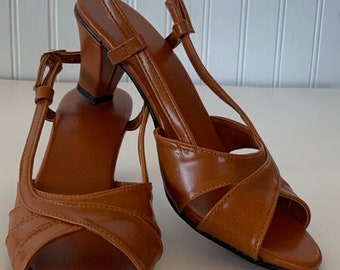 Vintage 80s Deadstock Size 6 Vegan Leather Sandals  Rust Orange Brown Heels Mint New Condition Spring Shoes Peep Toe